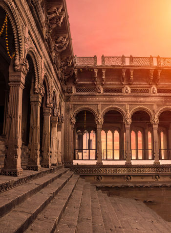 that is an old temple in the city called Mirzapur, Uttar Pradesh in India. love the old architecture.. Azzydoon The Architect - 2018 EyeEm Awards City Sunset History Sky Architecture Travel Triumphal Arch Ancient Civilization Ancient Egyptian Culture King - Royal Person Arch Amphitheater Old Ruin City Gate Royal Person Roman The Past Arcade Cambodian Culture Ancient History Ruined Historic Bas Relief Colonnade Mayan Archaeology Civilization