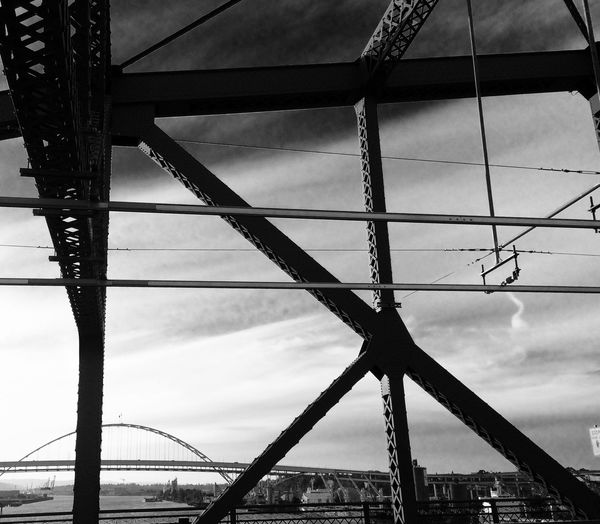 Eyeforphotography Architecture_collection Amazing Lines Portland Urban Geometry Perspectives Blackandwhite Noir Broadway Bridge Awesome_shots