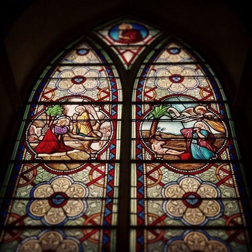 ภาพกระจกสีในโบสถ์ Jj  All_shots Igth Instagood instamood thaiig