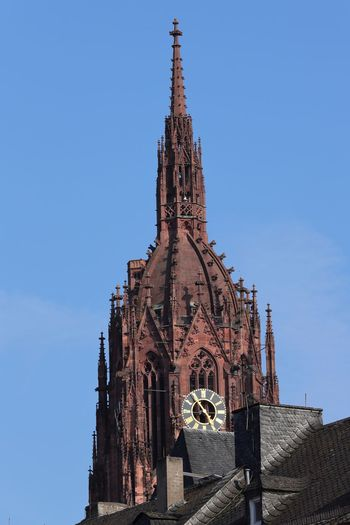 Roof In Foreground Frankfurter Dom Religion Place Of Worship Architecture Spirituality Built Structure Rose Window Building Exterior Day Clear Sky