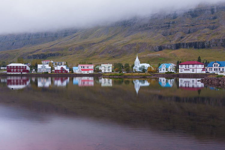 Love Cloud EyeEmNewHere Iceland Architecture Building Exterior Built Structure Country House Fog Idyllic Lake Mountain Nature No People Outdoors Reflection Scenics Water Seyðisfjörður EyeEm Selects The Week On EyeEm