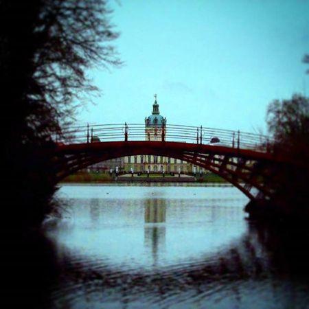 《Nada es imposible, el límite es el infinito solo tienes que proponertelo!》 Gutenacht Nacht Berlin Palacio Charlottenburg  Deuscht Foto Art Love Like Follow Palast Schlosscharlottenburg
