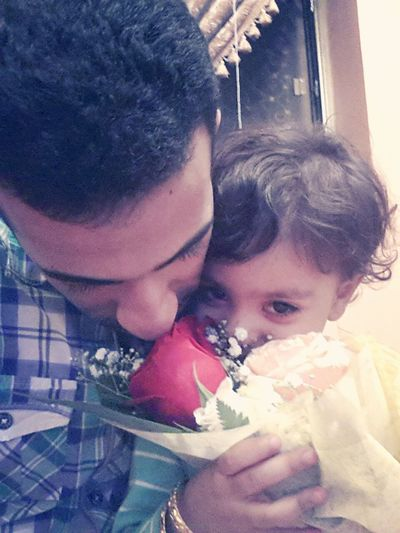 I ♥ U Zainab . Spring Flowers Father And Doughter My Baby Girl <3 Smile❤ peace..
