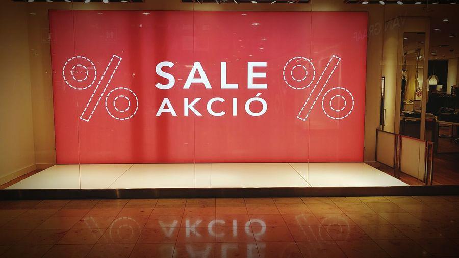 Sale, %, Text