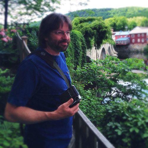Enjoying Life Bridges IPhone5 Walking Around