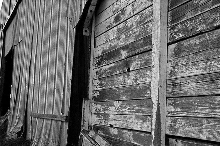 As seen on my travels to Sonoma County. Sonomacounty Barndoor Canon Canont3