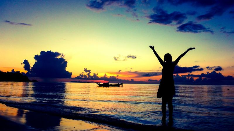 Sunset Full Moon Party Thailand Ko Phangan Backpacking Beach The Essence Of Summer