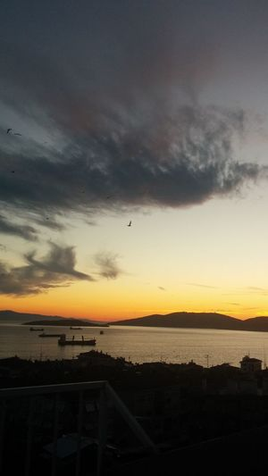 Sunset Cloud - Sky Sea Bird Colours In Days Island Ships Outdoor Clouds Istanbul Turkey