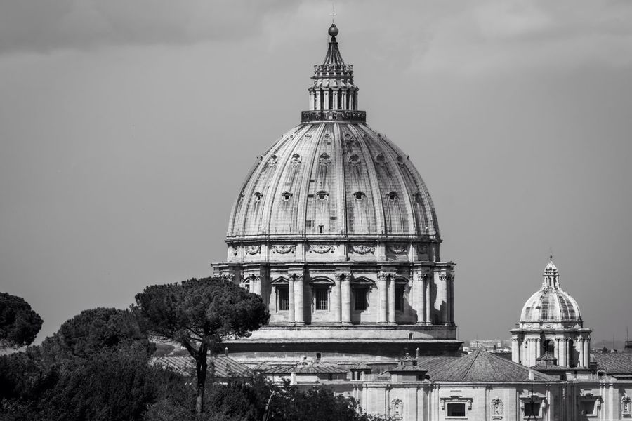 Il cupolone Black & White Blackandwhite Sacred Rome Basilica Church Cupola Religion Dome Place Of Worship Spirituality Building Exterior Built Structure Travel Destinations History Travel Outdoors Sculpture No People