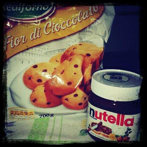 Amo la NUTELLA <3 :**