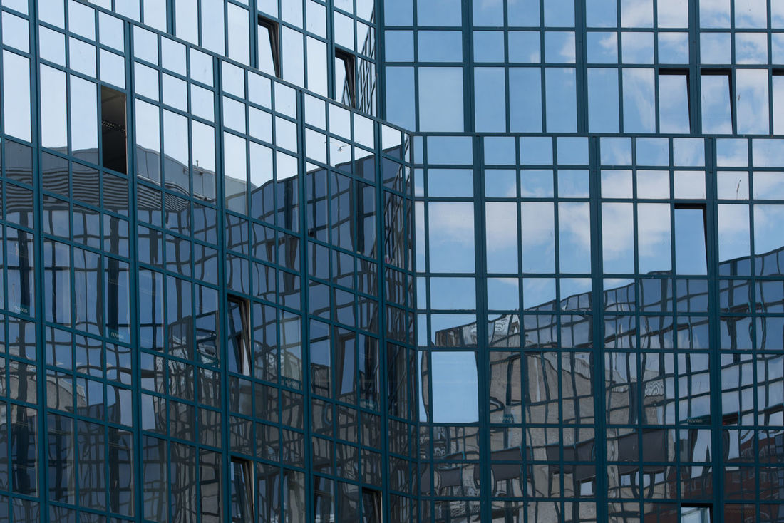 Architecture Hamburg Architecture Backgrounds Building Exterior Built Structure Day Full Frame Hoffi99 Modern No People Outdoors Reflection Reflections Sky Window