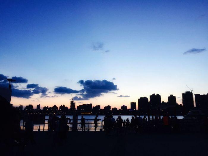 日落 碼頭 Sky