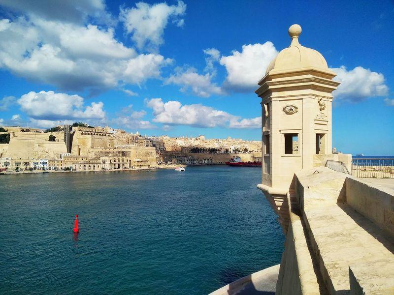 Ġnien il-Gardjola Gardjola Gardens Malta Senglea L-Isla Park Garden Mediterranean  Grand Harbour Architecture Built Structure Cloud - Sky Sunlight No People Day Sky