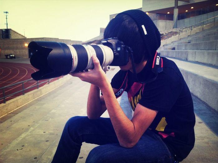 Mando Shooting.