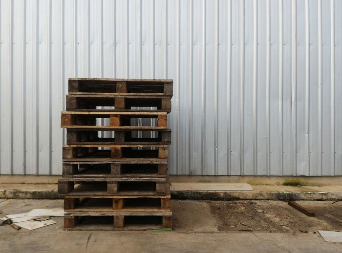 Pallet Wood Weathered Wall - Building Feature Wall Copy Space Copyspace Space Dirty Row Pile Steel Metal Industrial Backgrounds Background Wood - Material Stack Industry Warehouse