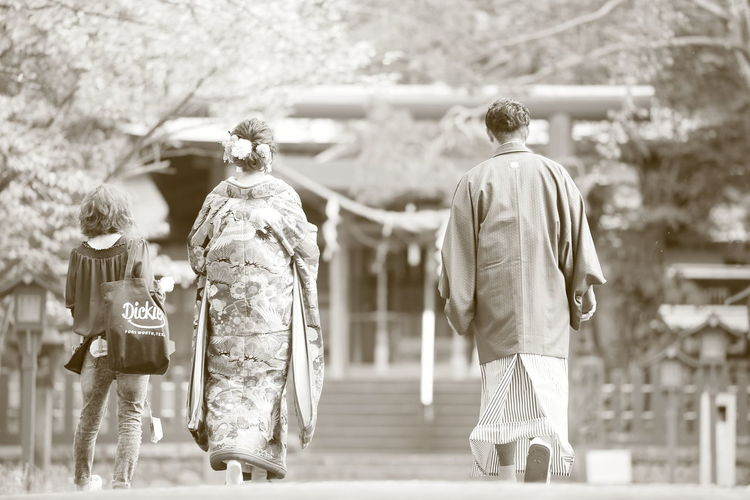 Two People Japan Photography Fushimi Inari Shrine Sapporo,Hokkaido,Japan Wasou Wedding Photography