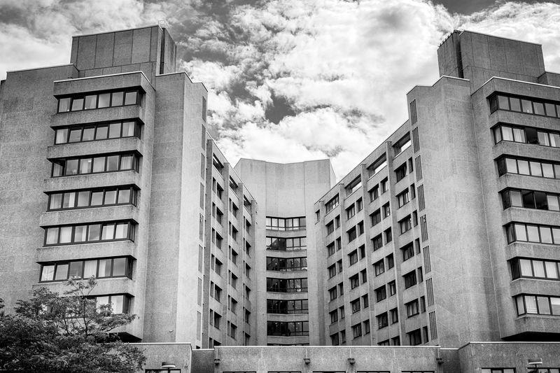 Urban Hospital Berlin Kreuzberg Apartment Architecture Berlin Black And White Building Exterior Bw City Cloud - Sky Hospital Modern Office Building Outdoors Skyscraper Tall - High Travel Destinations Urban Krankenhaus