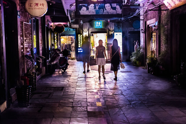 Old Street Lamp Night Strolls Architecture Shanghai Old Street City Lights Shanghai Tianzifang Late Nights Togetherness People Investing In Quality Of Life