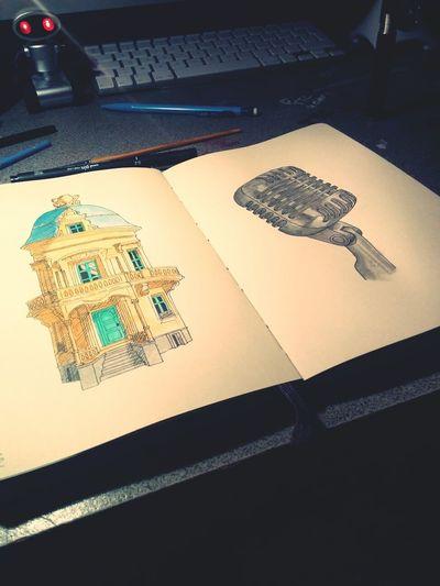 L'inspiration vient le soir parait-il. Dessin Inspiration Draw Moleskine