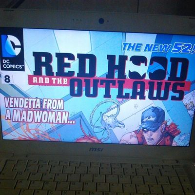 Spending the night Comic DCcomic Redhood Theoutlaws