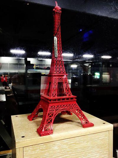 Beautiful Mini Eiffel Tower at Mainstation Be. Ready.