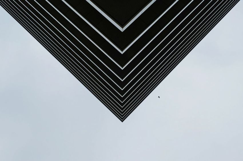 Architecture Architectural Detail Symmetry Urban Geometry Sunday_flip Geometric Shapes Streetphotography Exceptional Photographs The Graphic City