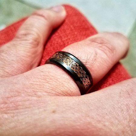 The woman finally put a reciprocal ring on it, she listens to Beyoncé too.... Celtic There Be Dragons All The Single Ladies Reserved Reserved Parking Love Loveit Human Hand Ring Close-up Adult Adulting Adult Life