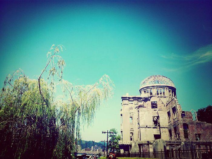 忘れてはならない、知らなければならないこと。。The A-Bomb Dome of Hiroshima. We must not forget war. In addition, it is what you must know. Streetphotography Japan Hiroshima Piece