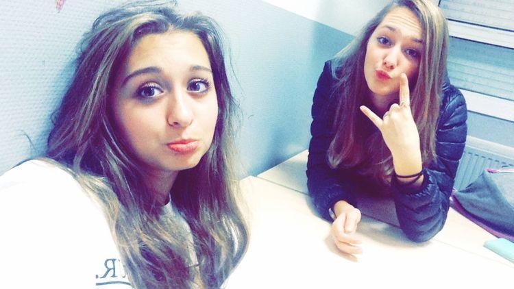 Friends ❤ Friend Girl Girls Moments Photography Posey.✌️ Poseyyy School Selfie ✌