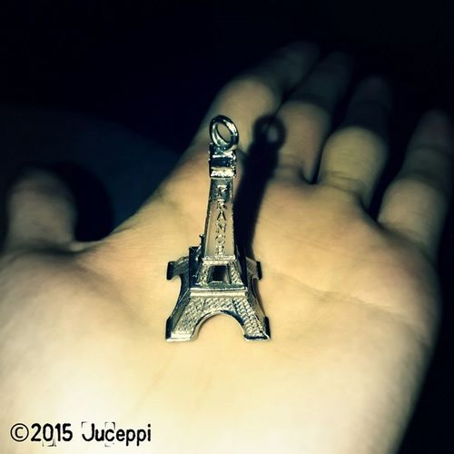 Things!!! Paris🗼in my hand...
