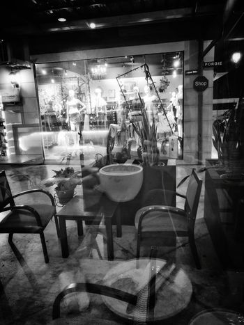 Coffee Indoors  No People Night Black And White Photography Blackandwhitephotography Black And White Blackandwhite Black & White Eyeemnewhere! EyeEmNewHere