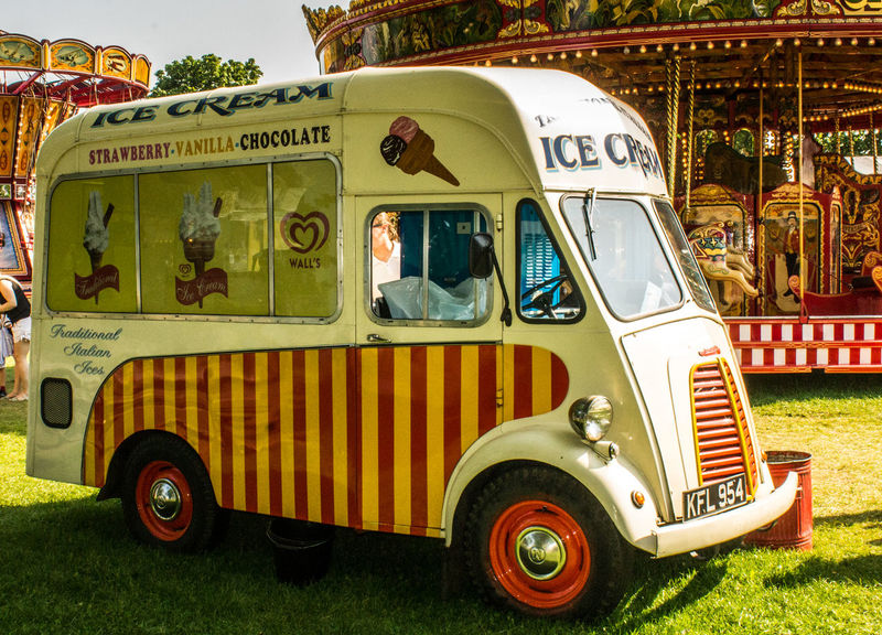 Mode Of Transport Transportation Day Outdoors No People Fun Funfair Streetphotography Funfair Vintage Multi Colored Red Transport Vehicle Ice Cream Ice Cream Van Close-up Amusement