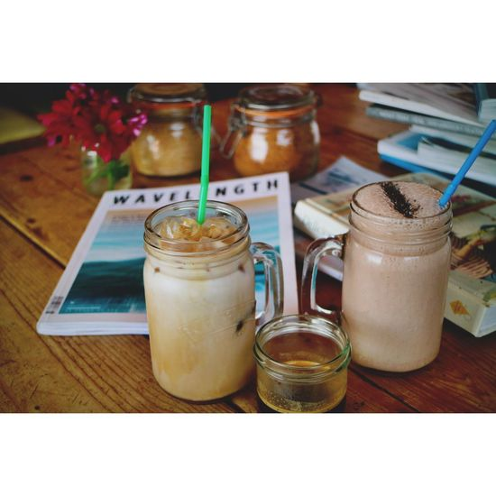 Enjoying the treats from jam jar Jess in Newquay Newquay Cornwall Cornwall Health Healthy Eating Healthy Food Healthy Lifestyle Bee Pollen  Iced Coffee Love Iced Coffe Coffee Time Holiday Travel Photography Adventure Surf Iced Latte