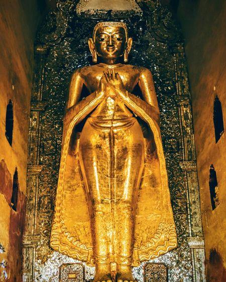 43 Golden Moments Lord Buddha Bagan, Myanmar