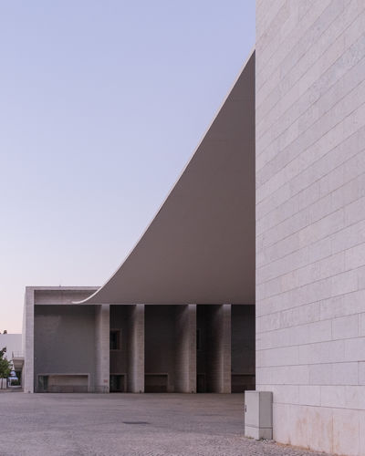 Alvaro Siza EyeEm Best Shots EyeEm Selects Architectural Column Architecture Blue Building Building Exterior Built Structure City Clear Sky Colonnade Copy Space Day Low Angle View Modern Nature No People Outdoors Sky Sunlight Tourism Travel Destinations