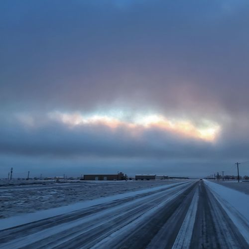 Last night storm covered the roads in ice. This picture was taken early this morning and loved how this clouds look with the sunlight trying to pass through the clouds. Photo 3/365 Clouds And Sky Project365 IPhoneography Iphone6plus EyeEm Best Shots Weather Ice Snow Colors