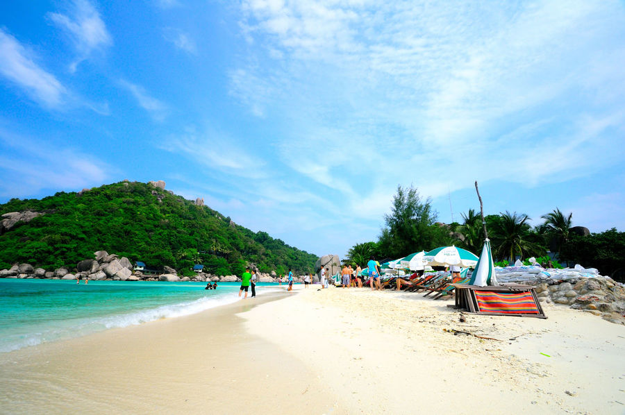 Beach Beauty In Nature Blue Cloud - Sky Day Koh Tao Koh Tao, Thailand Koh Tao,Tao Island,Southern Thailand Nang Yuan Island Nature Outdoors People Real People Sand Scenics Sea Sky Tree Vacations Water