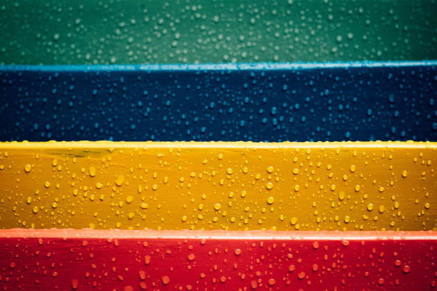 Colours Lines Backgrounds Close-up Drop Lines And Shapes Liquid No People Rainbow Textured  Water Wet Yellow