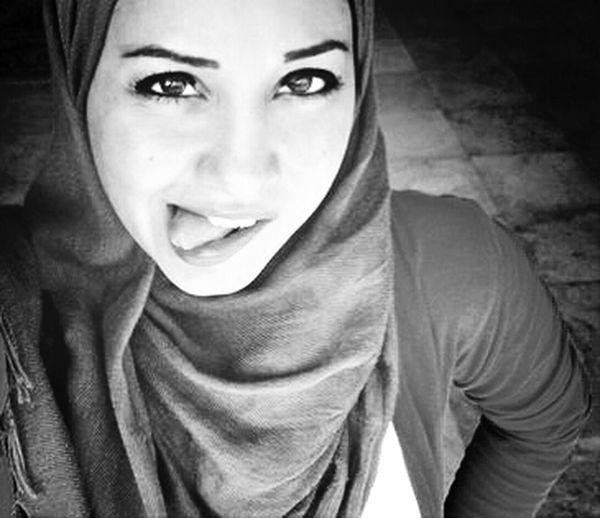 Black & White Lady Hijab Hijab Style