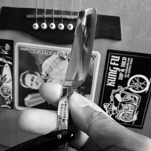 "Lets get slicin' ""Johnny Cash"" approved! Doing things like we used to... Slowingdownanotch Vintage NOS Straightrazors Cutthroat movingforwardinareversemode"