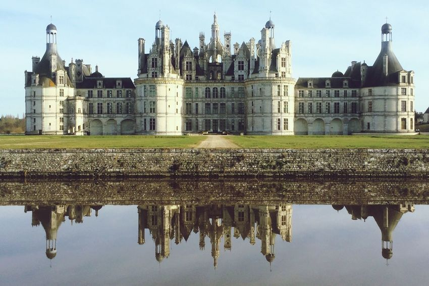 Chateau De Chambord Chambord Château Loire France Water Reflections The Architect - 2016 EyeEm Awards Chateau De Chambord Chambord Château Loire France Water Reflections The Architect - 2016 EyeEm Awards Building Exterior Reflection Built Structure No People City Nature Day Building Travel Travel Destinations Architecture Sky The Past Water History Tourism
