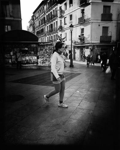 Streetphoto_bw Monochrome_life Bw #bnw #BWcollaboration #istanbul #blackwhite #blackandwhite Bw_collection