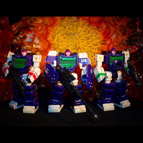 Group shot! Pe11 Transformers Decepticon Reflector Anarchyalliance Ata_dreadnoughts Stonedacons MasterFX