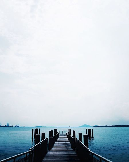 Jetty leading to sea
