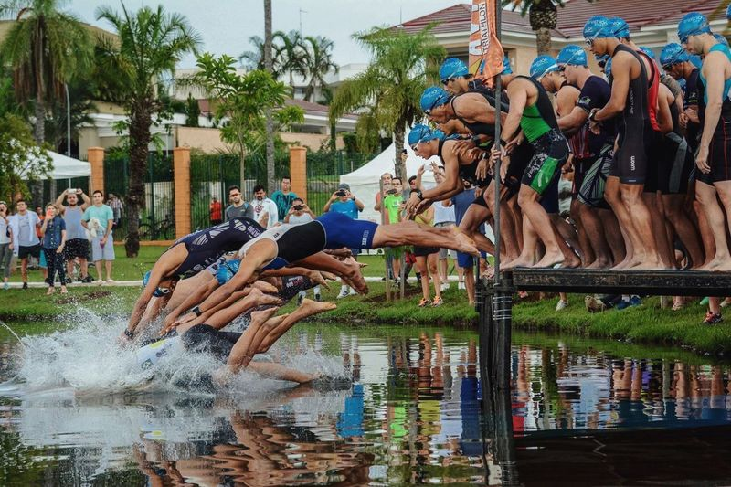 Yesterday work Sports Photography during my State Triathlon Championship Showcase: December Sports Photography TRIATHLON Sports Jump Swimming Goiânia Goias Brazil Spontaneous Moments Sportsphotography Extreme Sports Adrenaline Junkie Q for quick The Photojournalist - 2016 EyeEm Awards