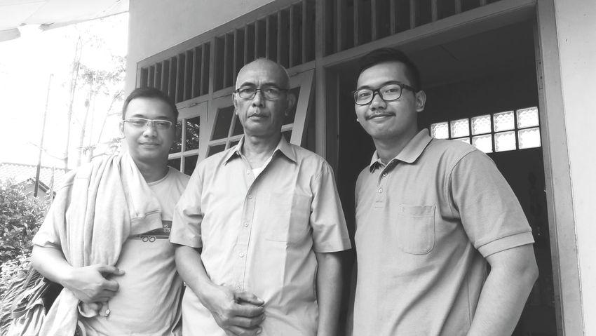 Si Mas, Bapak, Saya EyemIndonesia ThatsMe Bwphoto Family Men