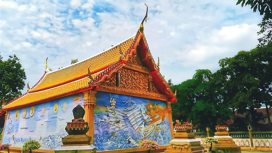 Beautiful and colorful of the church in the Thai temple Architecture Travel Religion Tourism Business Finance And Industry History Outdoors Sky Beauty Amazing Architecture Amazing Thailand Church Church Architecture Thai Church Temple Thai Temple Elegance And Beauty Exquisite Beauty