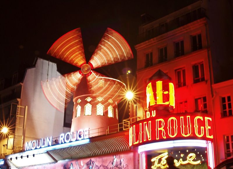 Moulin Rouge Building Exterior Illuminated Architecture Night City Moulin Rouge Paris Moulin Rouge Nightphotography Night Lights Nightlife Nightlights