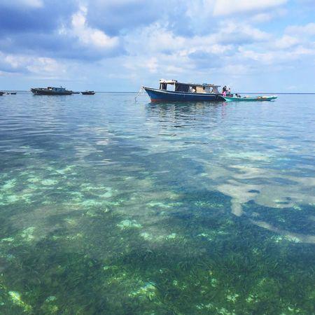 Mabul Island Malaysia Mabul Island Water Transportation Sky Mode Of Transport Nautical Vessel Cloud - Sky Nature