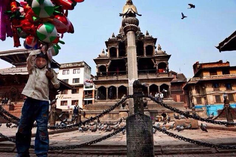 Nepal Temple Boy Photography 何時再去尼泊爾~